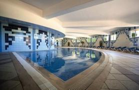 Vnitřní bazén hotelu Adriana Beach Club, Albufeira