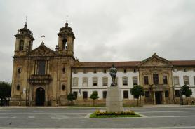 Kostel Igreja do Pópulo ve městě Braga, Portugalsko