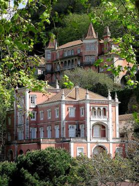 Portugalské město Sintra a zajímavé stavby