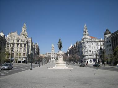 Náměstí Praça da Liberdade v Portu